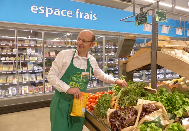 John Ménage, gérant du magasin bio L'Eau Vive