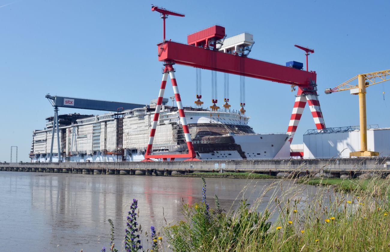 Quatre nouveaux navires pour les chantiers de saint for Bureau plus st nazaire