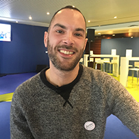Yoann Yvernogeau, Gérant de Sacrés Français