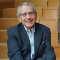 Alain Simon, juriste, économiste et animateur de conférences dans le monde entier
