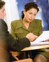 Comment trouver ses 1ers clients surtout quand on n'est  pas un commercial né ?