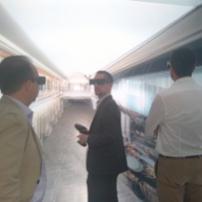 Les membres PLATO immergés dans la réalité virtuelle